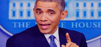 Barack Obama In Blue Suit May Actually Be White President in Gold Suit
